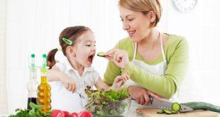 کودکان را چگونه به خوردن سبزیجات عادت دهیم؟